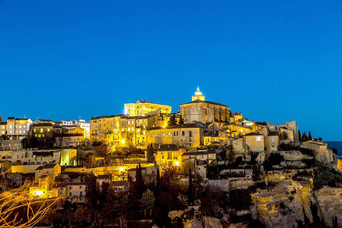50682405 - panorama of medieval town of gordes, provence. france